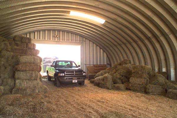 Quonset hut farm storage building