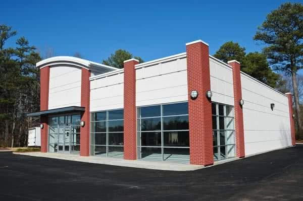Prefab retail store building