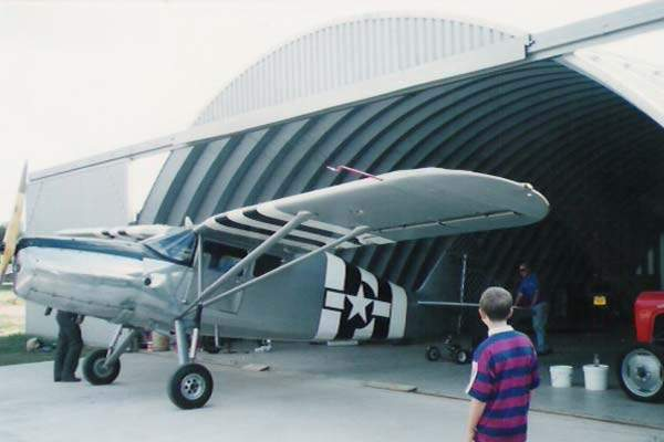 Q-Model Aircraft Hangar